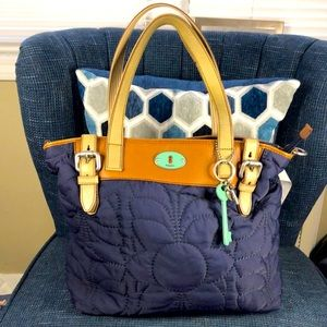 Fossil quilted Tote
